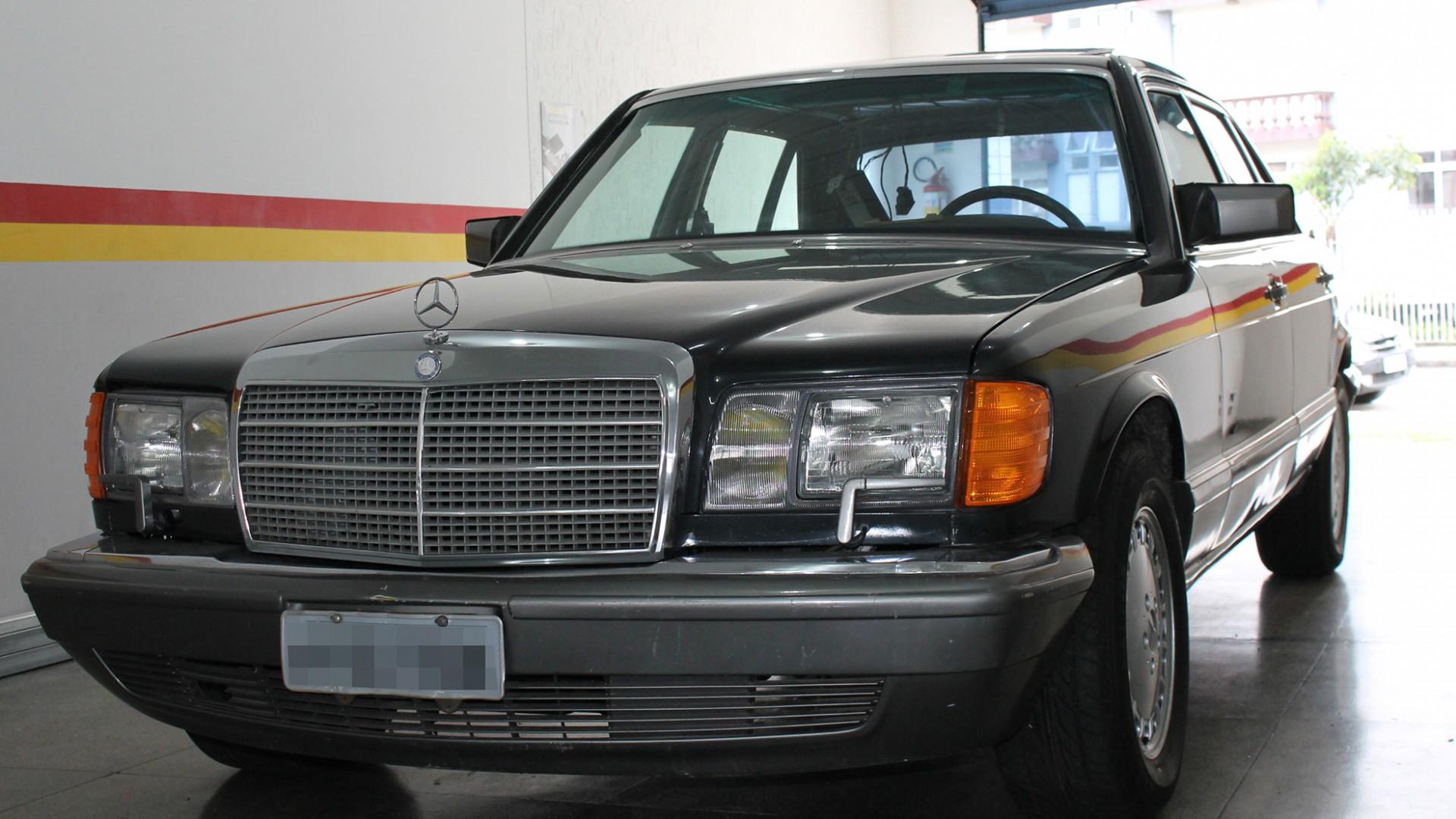 Mercedes Benz 560SEL